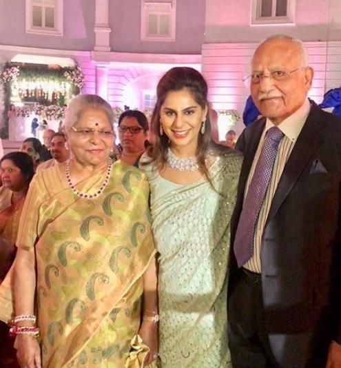 Upasana Kamineni with grandparents