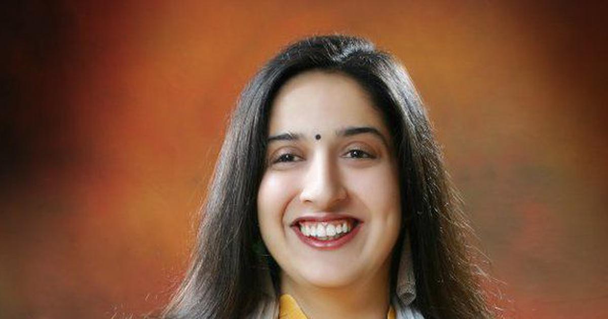 Swati-Chaturvedi-Biography