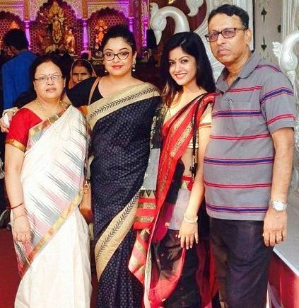 tanushree dutta family