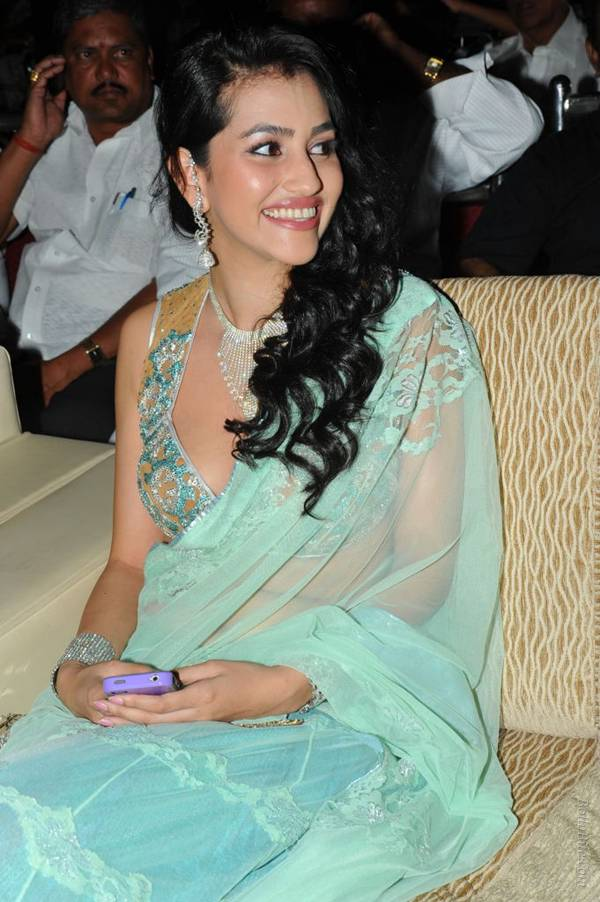 Anjali Lavania Actress Age Biography Model Movies Family