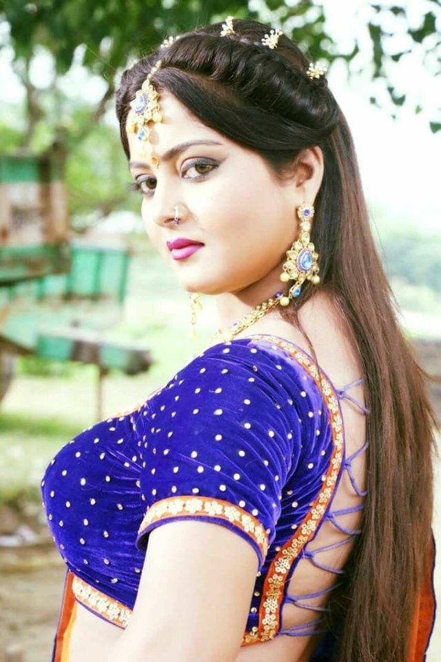 Anjana Singh Biography
