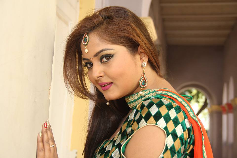 Anjana Singh Images