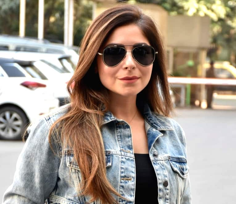 Kanika Kapoor Singer, Age, Biography, Songs, Career, Family