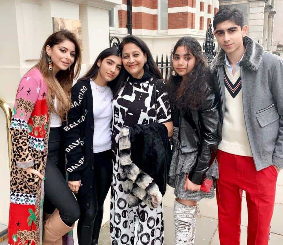 Kanika Kapoor Son and Daughter