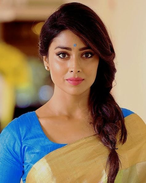 Shriya Saran Actress