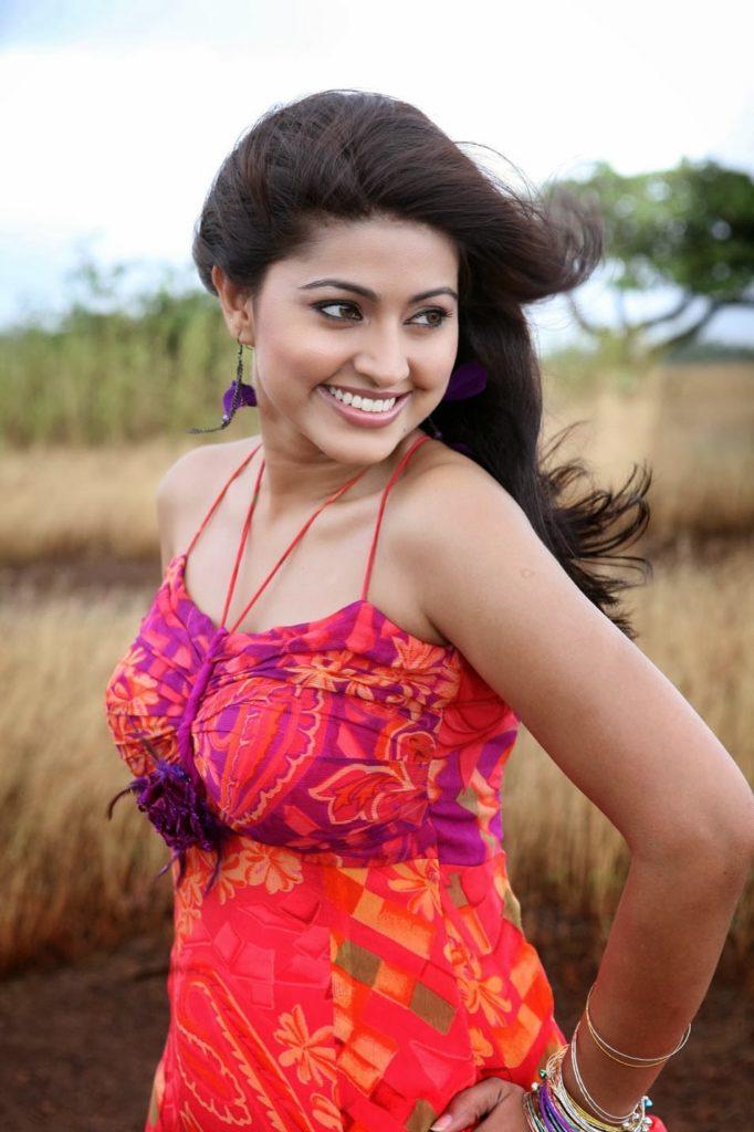 Suhasini Rajaram Actress