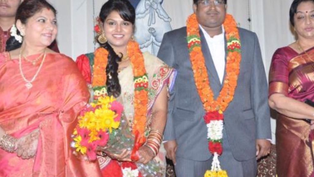 K R Vijaya Daughter
