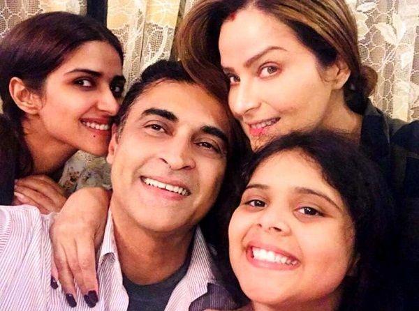 Pranutan Bahl Family