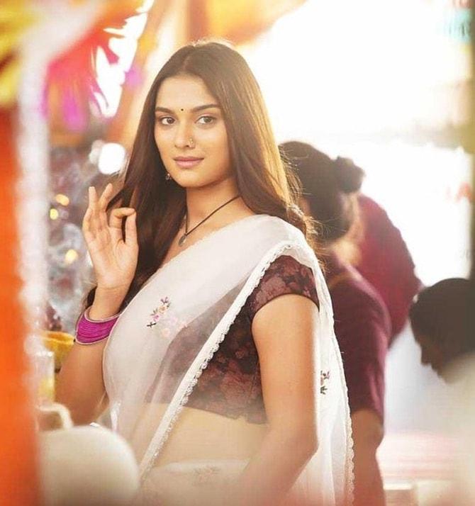 Saiee Manjrekar Actress