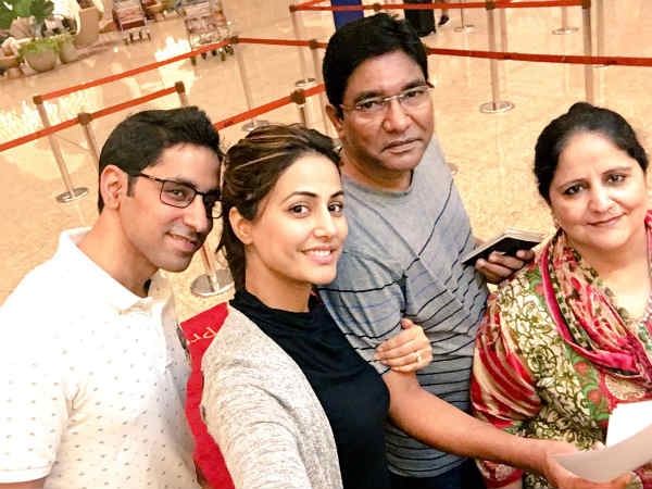 hina khan family