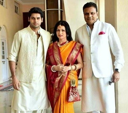 Abhimanyu Dasani With His Mother and Father
