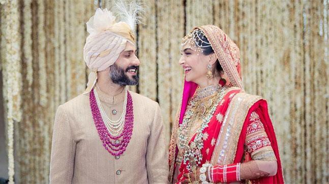 sonam kapoor wedding images