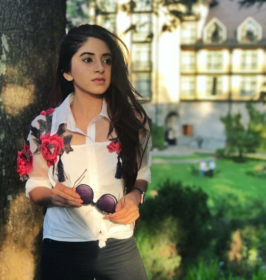 Aashna Shroff Wiki