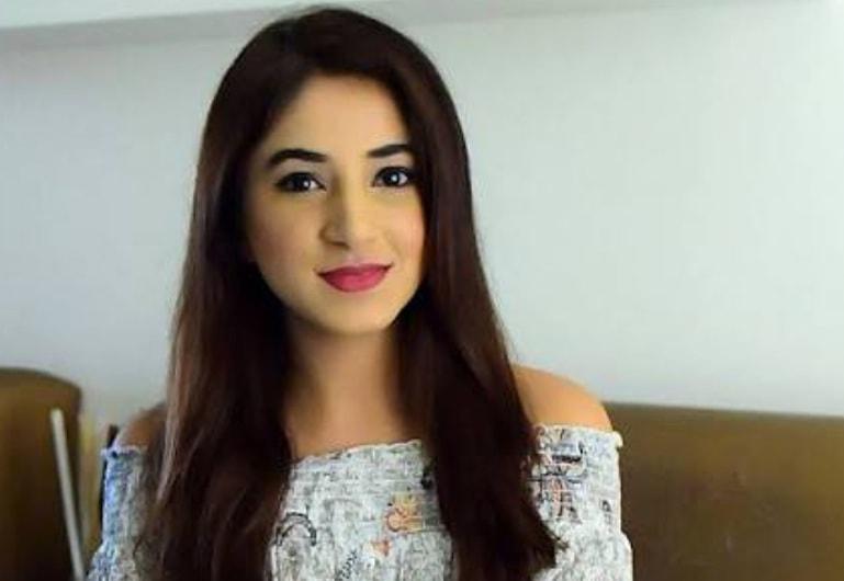 Aashna Shroff Youtuber