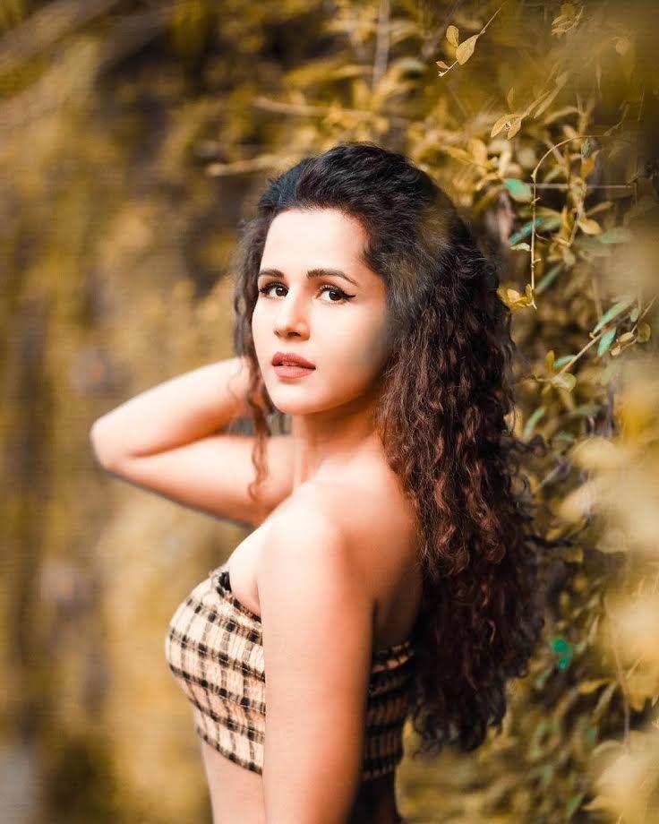radhika bangia biography