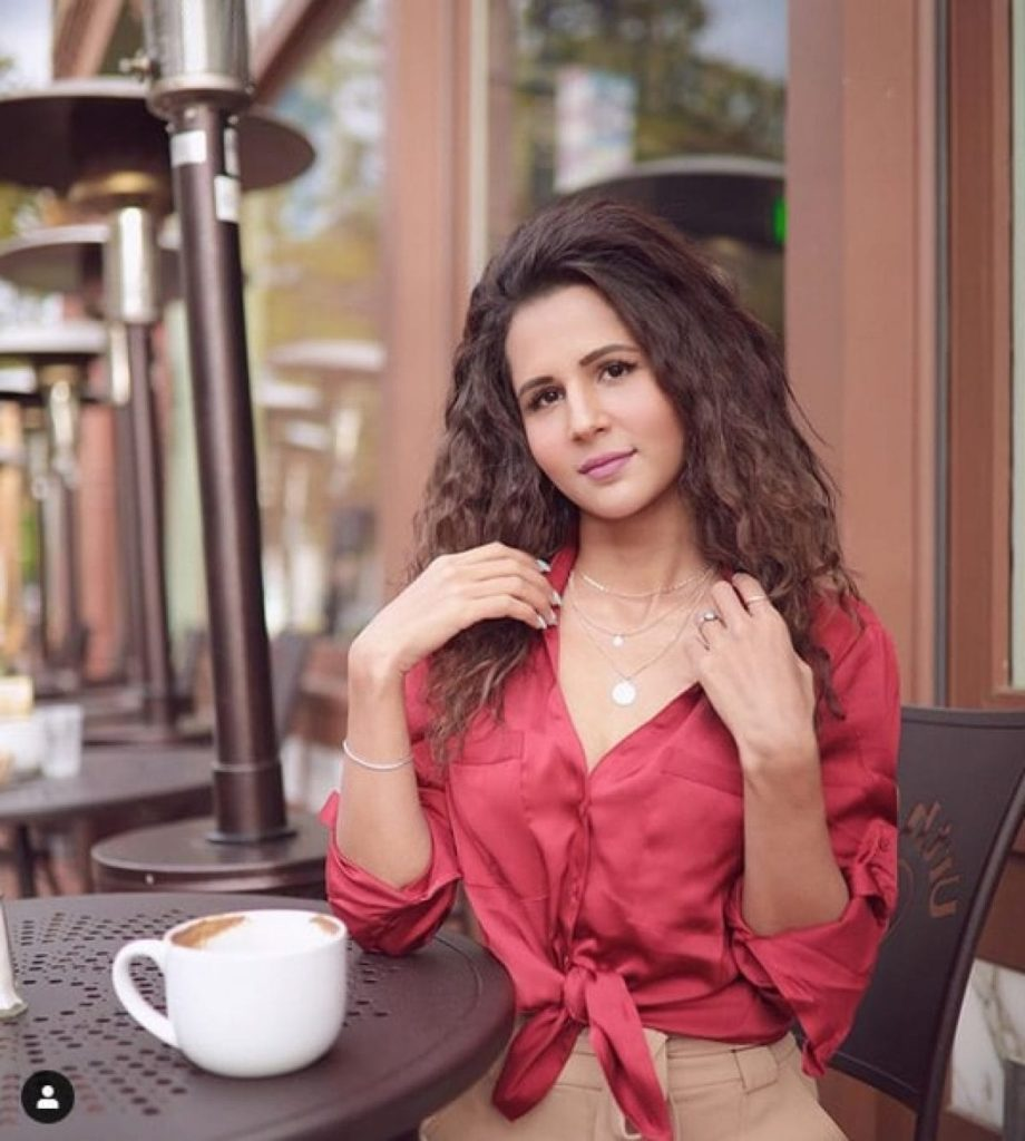 radhika bangia youtuber