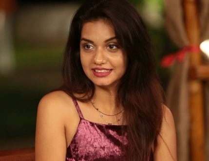 Divya Agarwal Wiki
