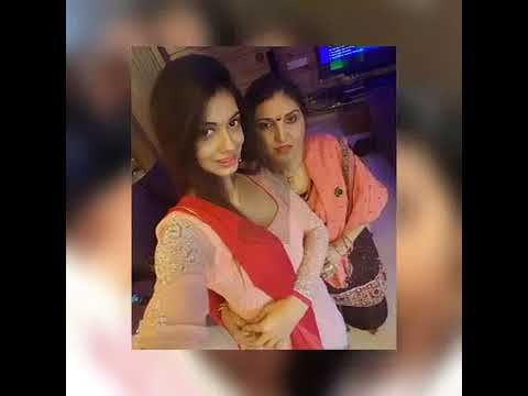 Divya Agarwal With Her Mother