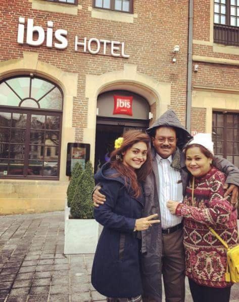 Sreejita de With her Family