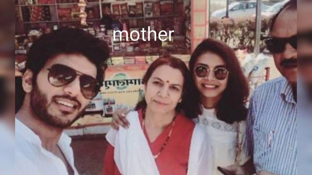 Vikram Singh Chauhan Family