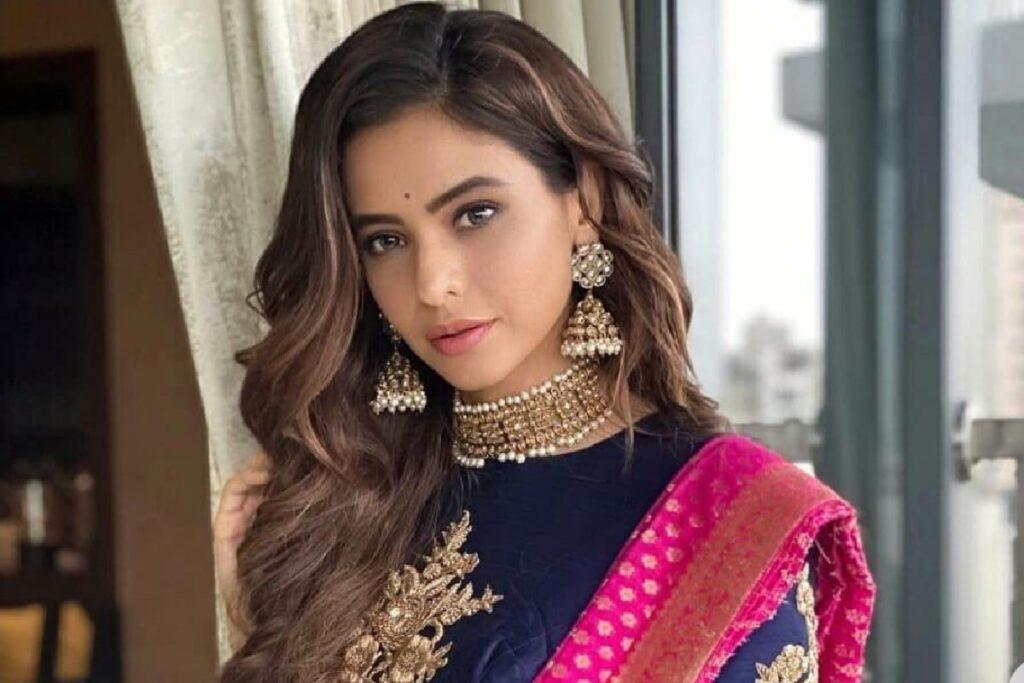 Aamna Sharif Actress