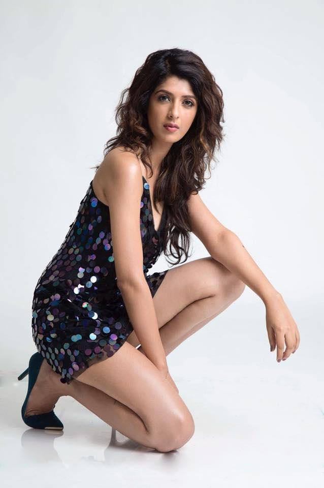 Aishwarya Sakhuja Model
