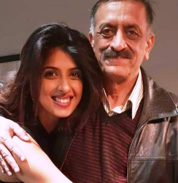 Aishwarya Sakhuja With Her Father