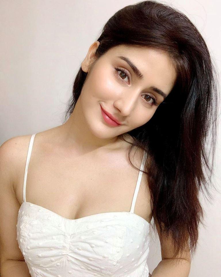 Monica Sharma Model