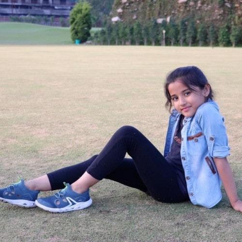 aura bhatnagar wiki