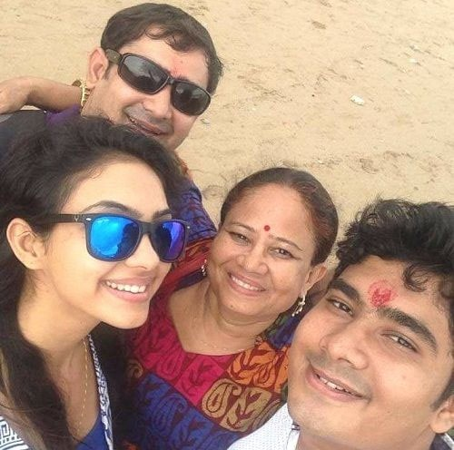Pooja Banerjee family