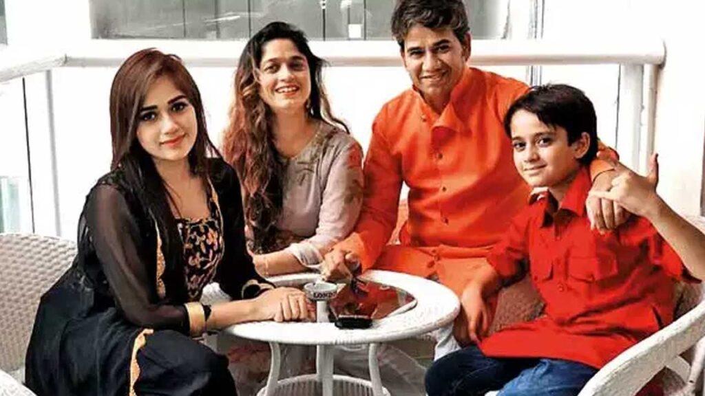Jannat Zubair Family