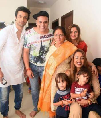kashmira shah family