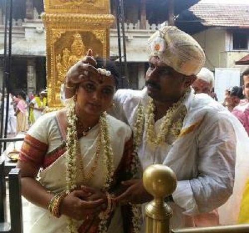 Chakravarthy Chandrachud Wife