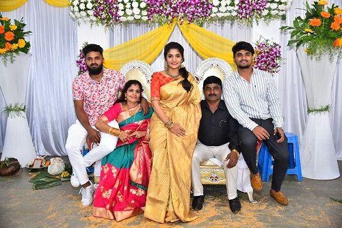 Divya Suresh Family