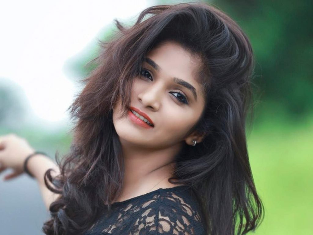 Divya Uruduga Biography